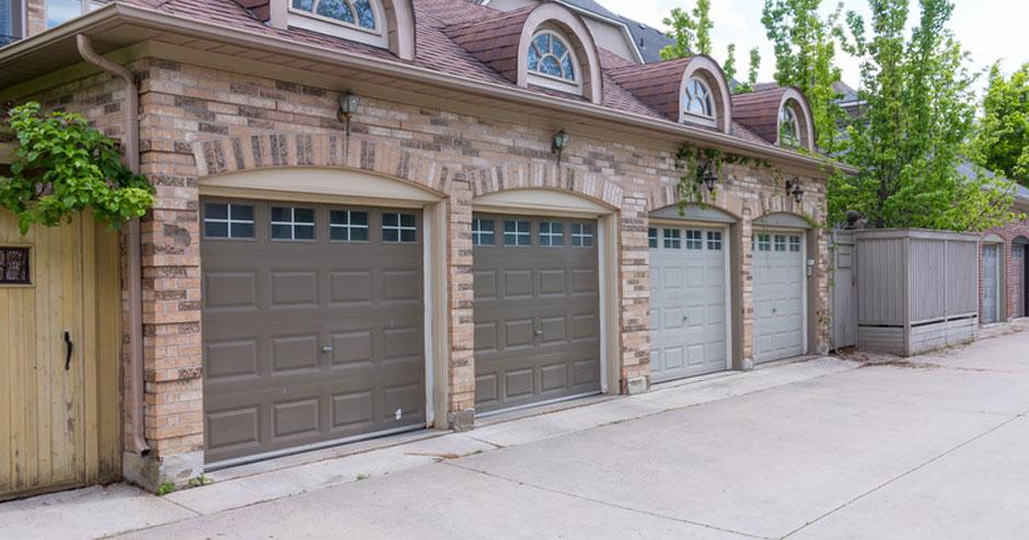 Broken Garage Door Repair Rockville