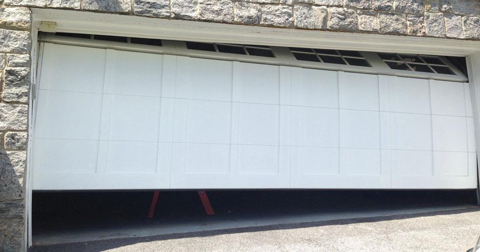 Broken Garage Door Repairs Rockville